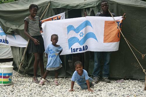 Israelis head to Haiti to aid cholera victims