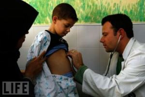 180,000 Palestinians treated in Israeli hospitals in 2010 (Harriet Sherwood yawns)