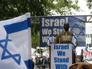 "Simon Deng, Former Sudanese Slave: ""Calling Israel a racist state is absurd and immoral."""