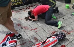 Boston-Marathon-Bombing-US-flags (1)