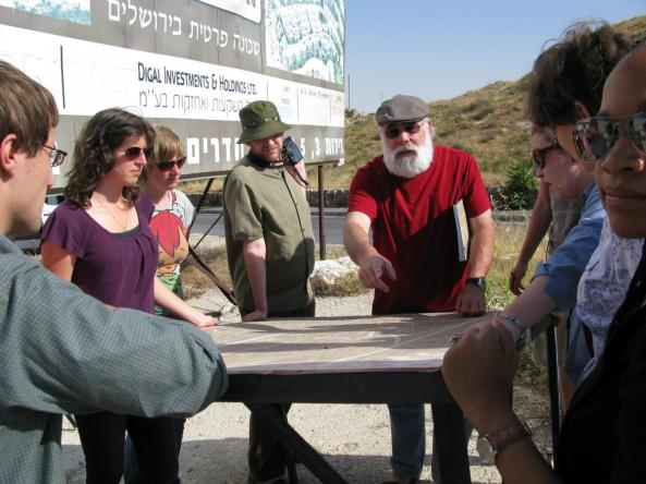 Jeff Halper leads an ICAHD Jerusalem Tour