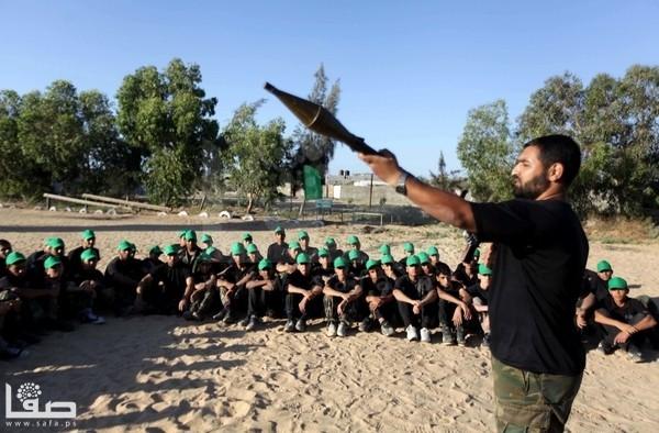 Hamas-summer-camp-10